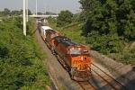 BNSF 7425 on CSX Q380-06