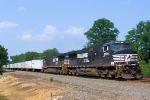 """NS 9579 Train 262 Triple Crown """"RoadRailer"""""""