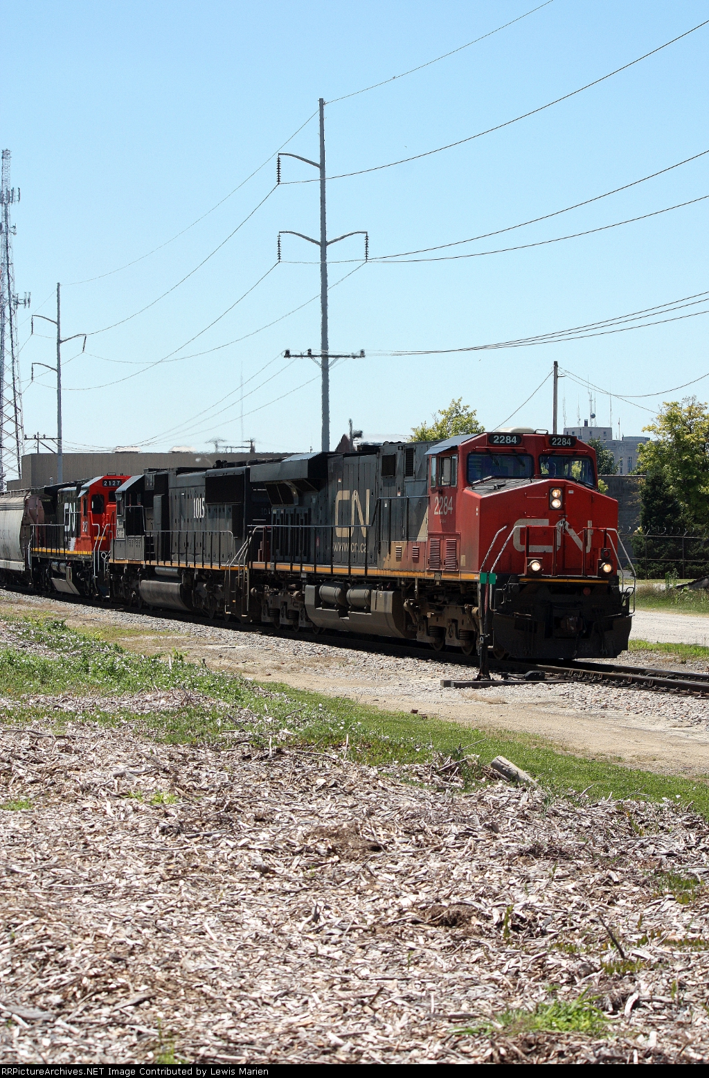 CN 2284, northbound CN train A43171-02