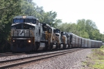 NS 8318, eastbound NS 146 with 5 units