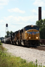 UP 4157, eastbound NS 398