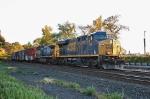 CSX 758 on Q-438