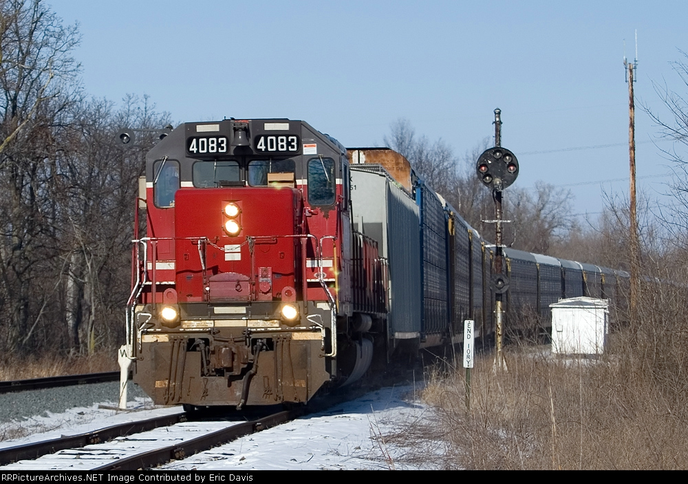 Coming off the CSX onto the DT&I
