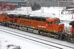BNSF 5879 on NS 416