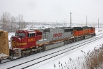 BNSF 8283 on NS 68Q
