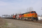 BNSF 4817 on NS 68Q