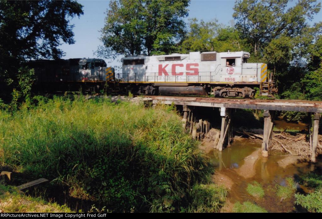 KCS 1916 NORTH AT MP 314.1