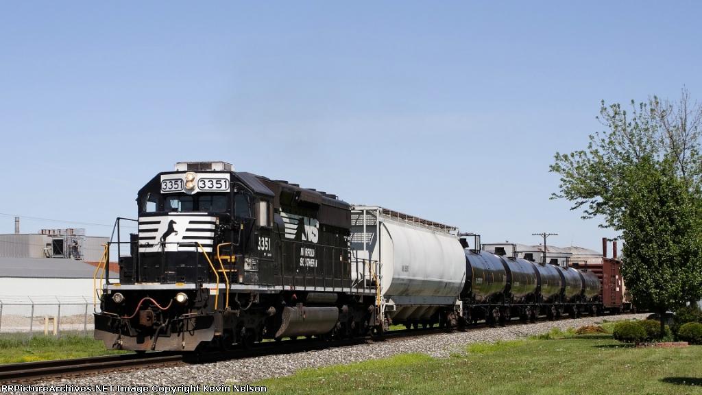 NS 3351 SD40-2