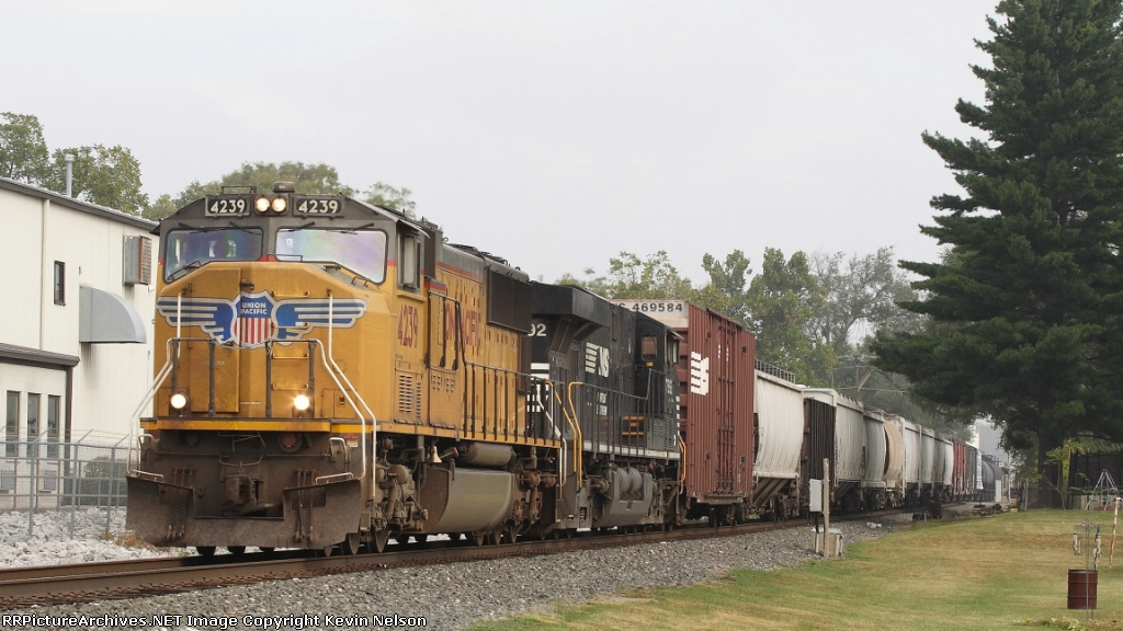 UP 4239 SD70M