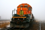 BNSF 6886 heads past Koppers to shove over the hill