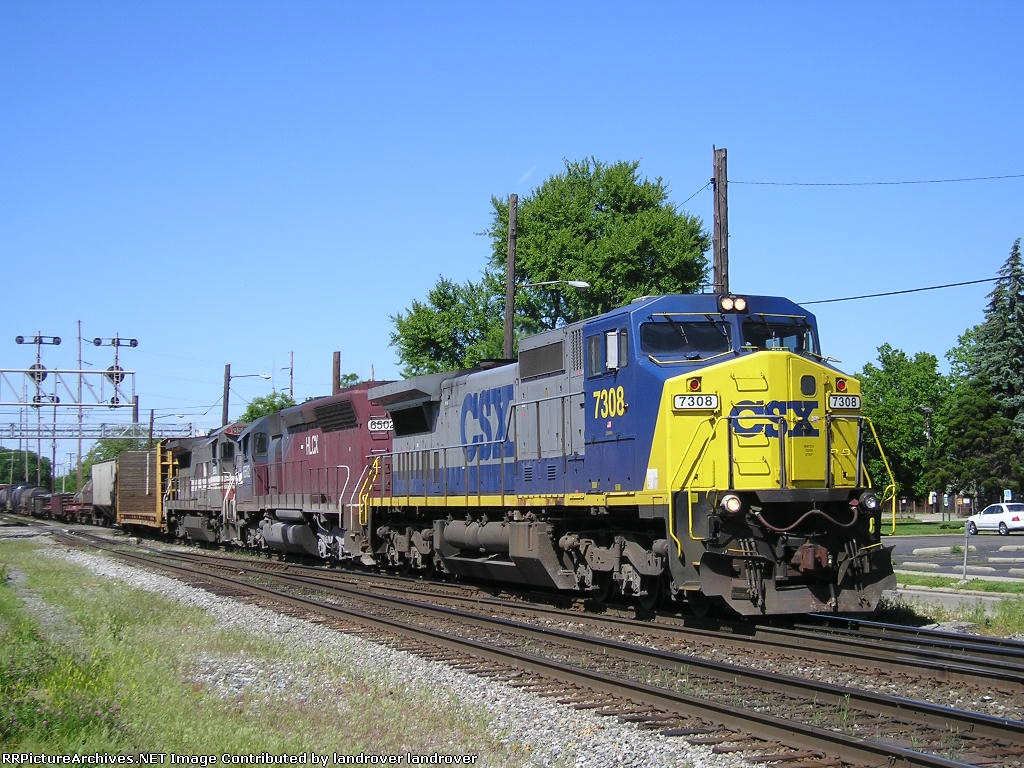 CSXT 7308 On CSX Q 375-20 Southbound