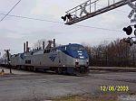 Amtrak train northbound 20 crosses 32nd St
