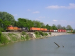 BNSF 5301 On NS 282 Westbound