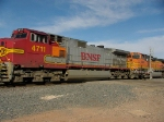 BNSF 4711 and 4495