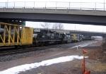 CSX 8829, NS 1702 & NS 5271