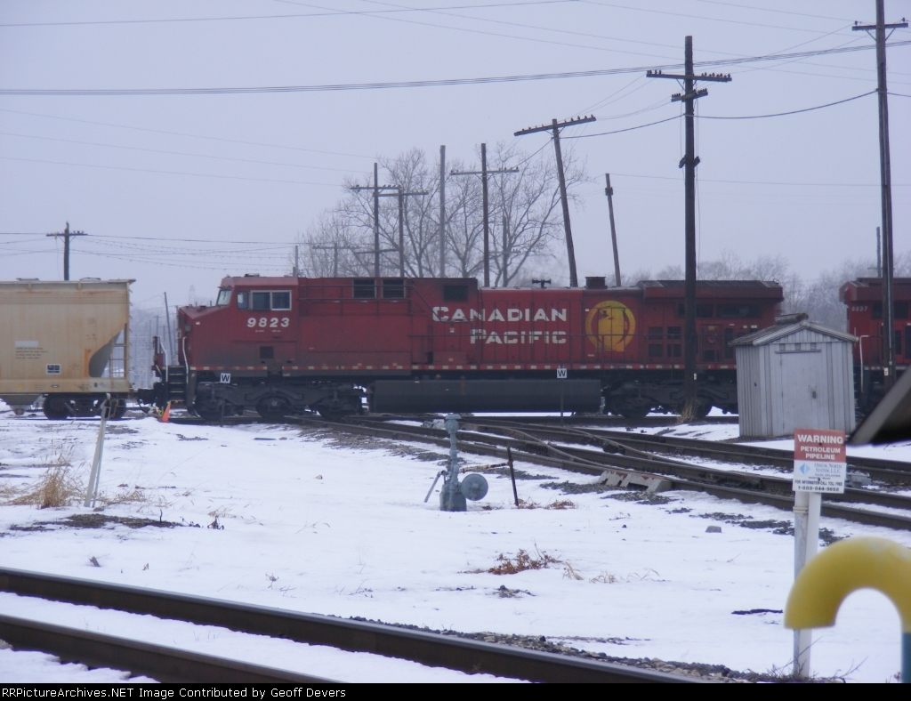 CP 9823