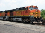 BNSF 4355 Leaving Croxton Yard