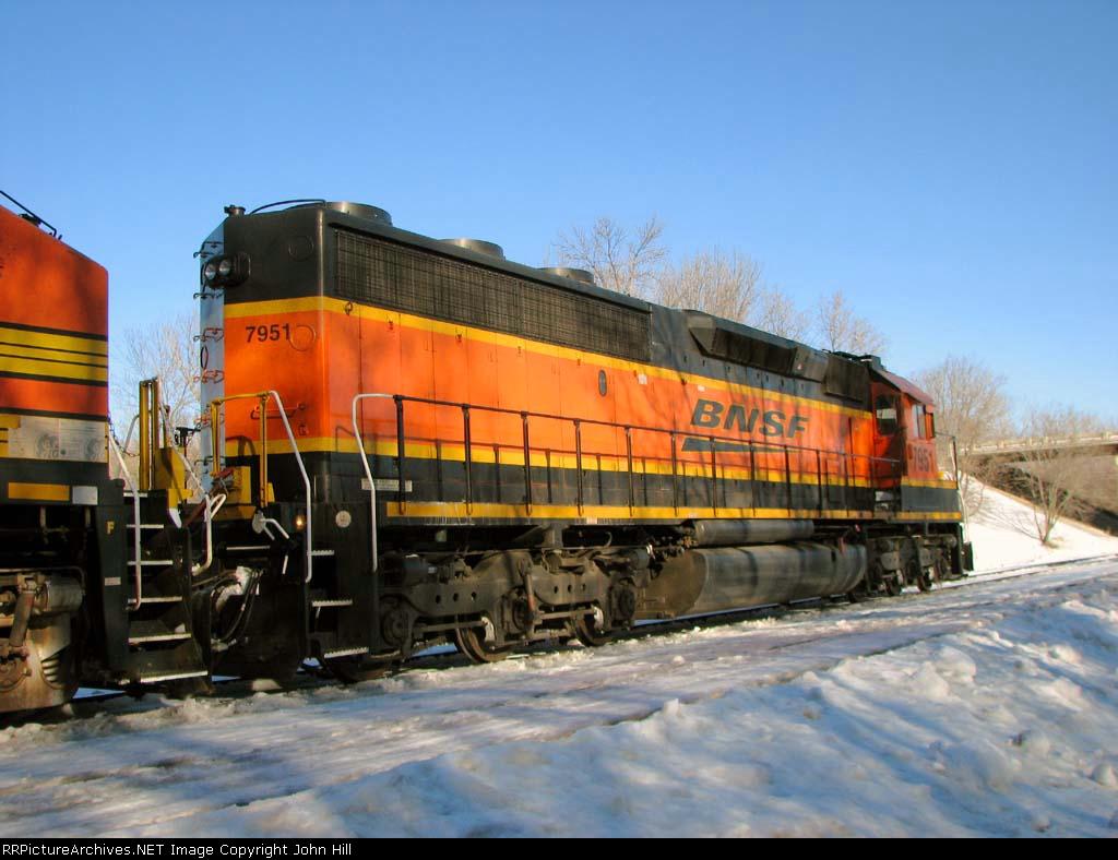 100226009 Eastbound BNSF Manifest Waits In siding
