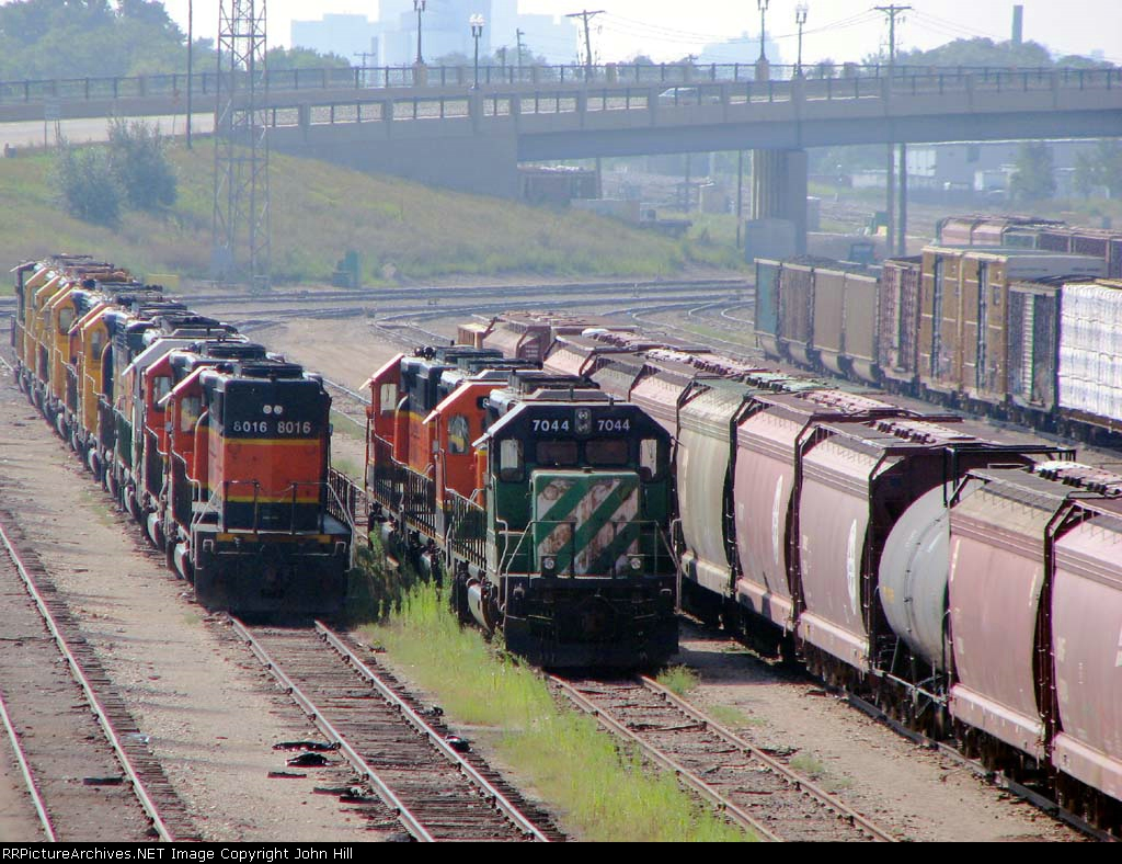 "100823078 Current Deadline At BNSF Northtown ""T"" Yard"