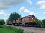 100627002 Eastbound BNSF manifest at Co. Rd. 90
