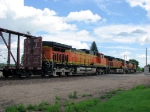 100627004 Eastbound BNSF manifest at Co. Rd. 90