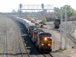 101004036 Westbound BNSF Intermodal Passes Northtown CTC 35th