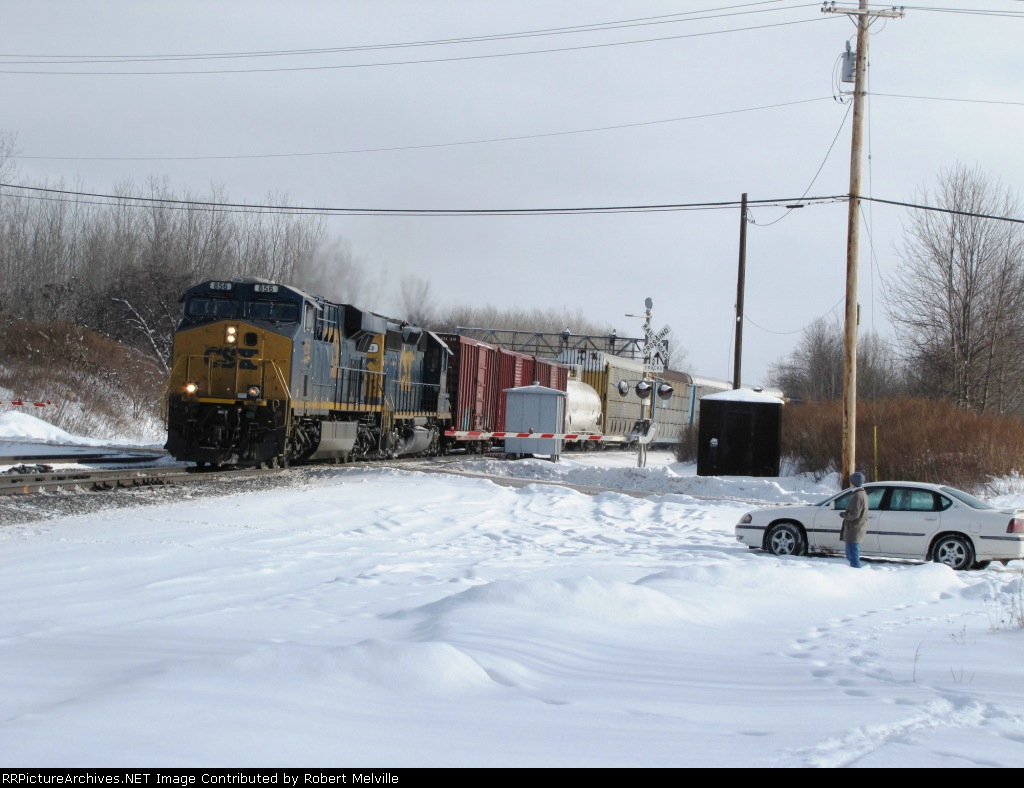 CSX 856 exits the Westshore heading west