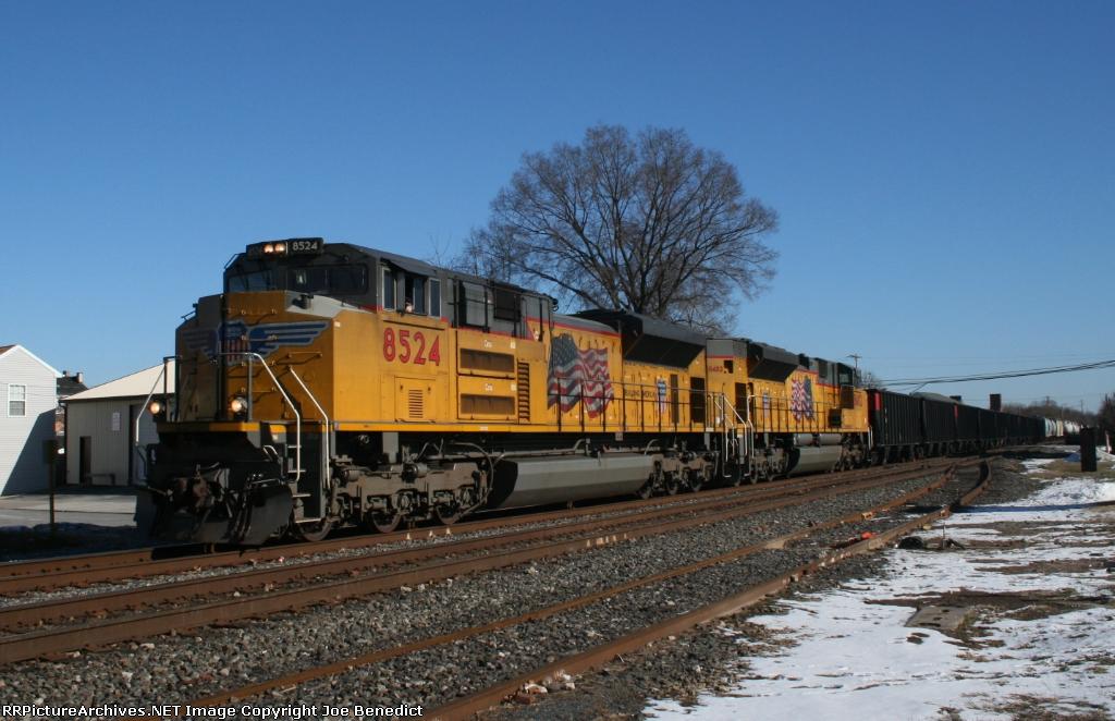 UP 8524 & 8482