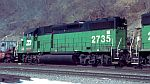 BN GP39-2 passes on an intermodal