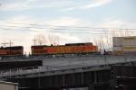 BNSF 5164 on Z-train