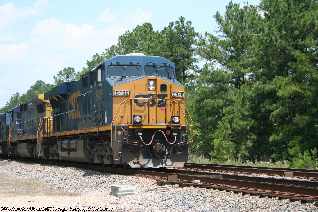 CSX 5436 leading Q491 south
