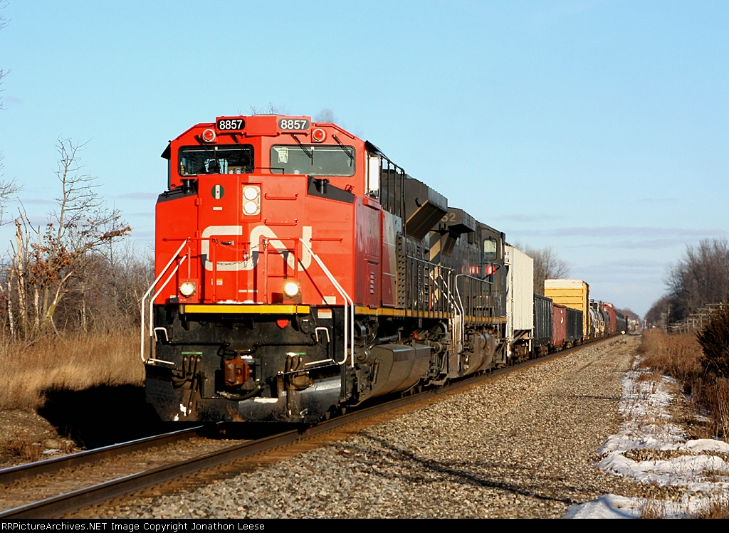 CN 8857 leads M395 west