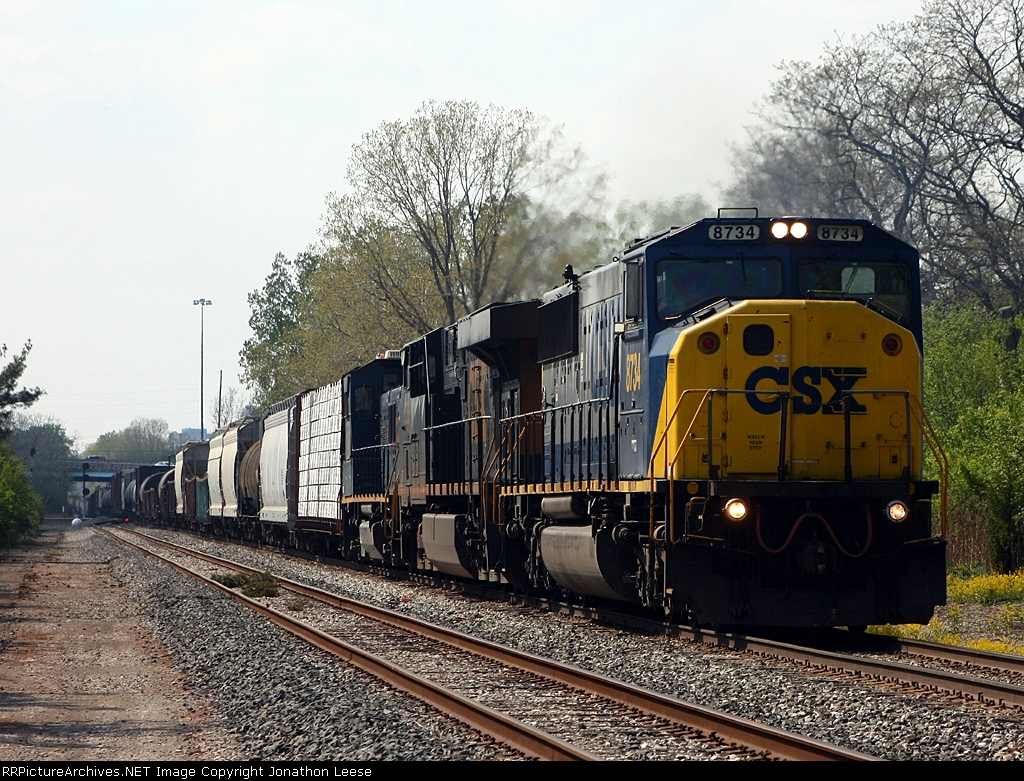 After working Ensel yard, L326 heads east with a Genset in tow