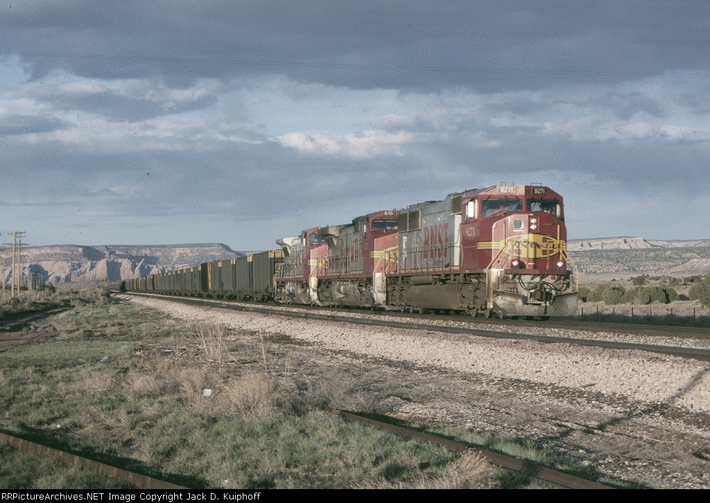 BNSF 8271 is w/b at mp183 in the late afternoon sun
