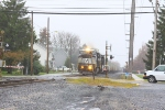 NS 12G southbound train approaches thru DE-12 route and, Burnite Mill rd.
