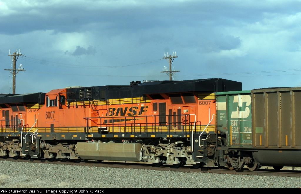 BNSF 6007