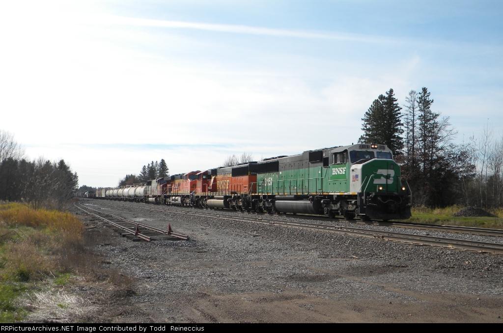 BNSF 8151