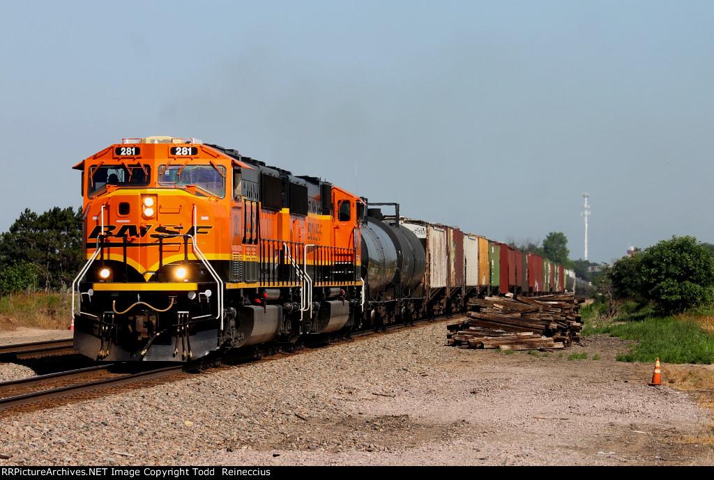 BNSF 281
