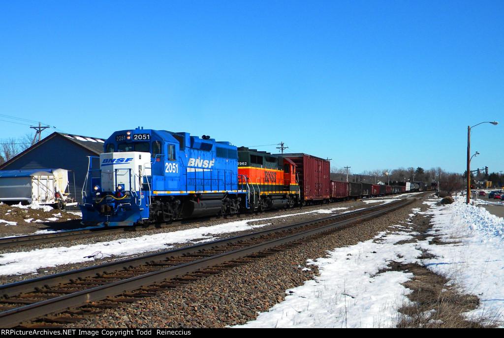 BNSF 2051