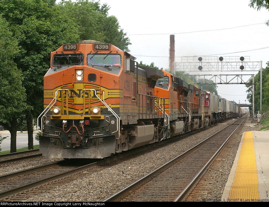 BNSF 4398 West