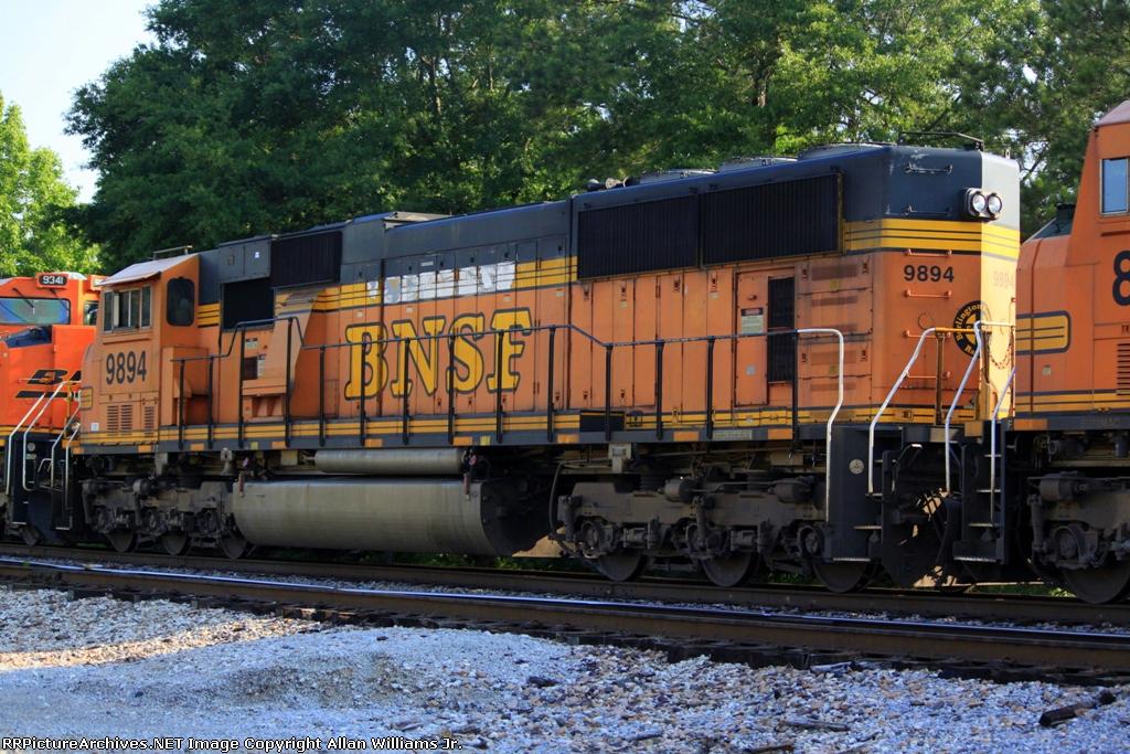 BNSF 9894
