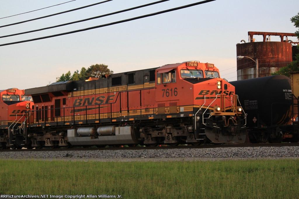 BNSF 7616