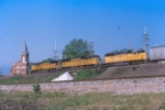 UP SD70M's & an SD40-2 westbound