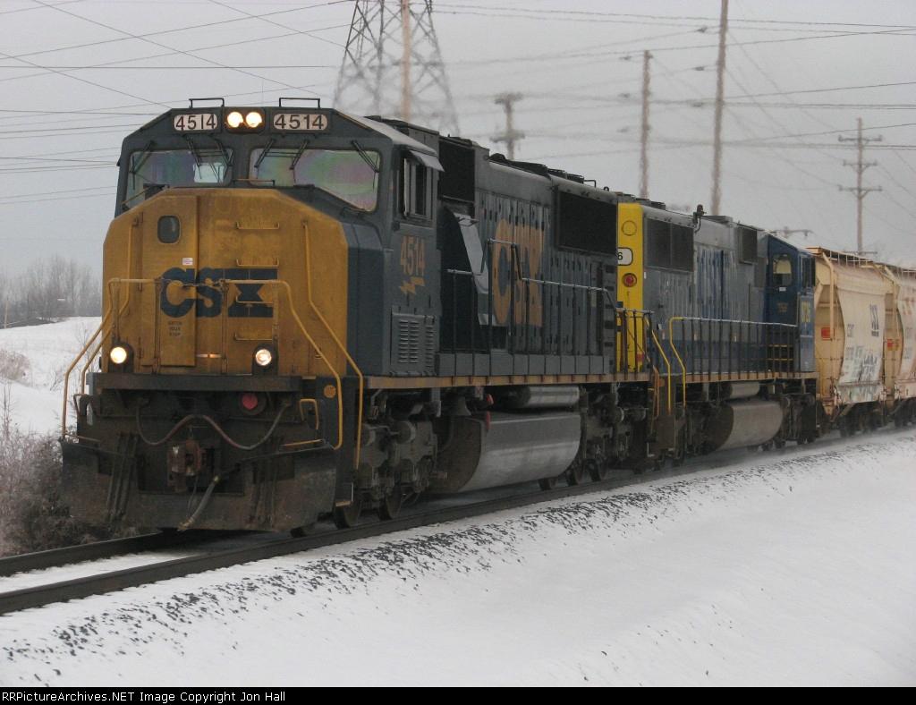 CSX 4514 & 8726