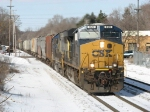 CSX 920 & 8622 working hard to lift G964-05 out of town