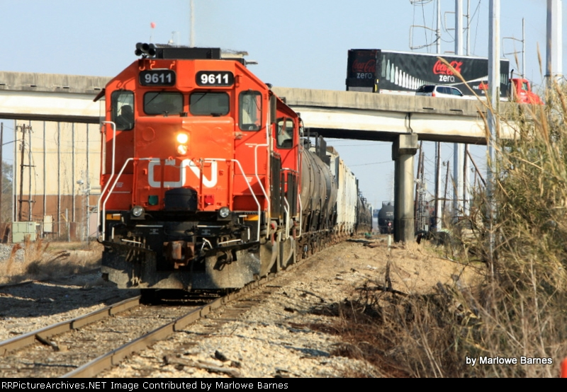 CN 9611 works the May Yard just west of the Dickory Ave bridge