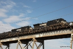 NS 8981 leads a westbounder across the NOPB's Huey P. Long Bridge