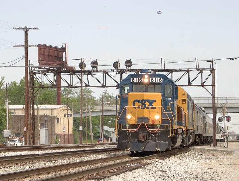 CSX 6116 leads the annual Derby Train into Osborn Yard. CSX's Louisville Terminal Sub. MP 3.9. P907-07.