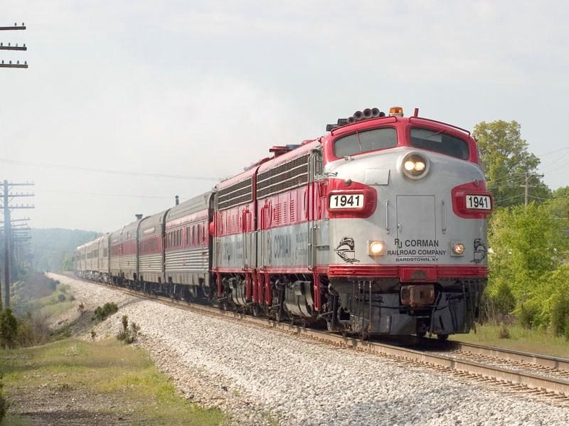 RJC 1941 leads the annual Derby Train north toward Louisville. CSX's Main Line Sub. MP 13.