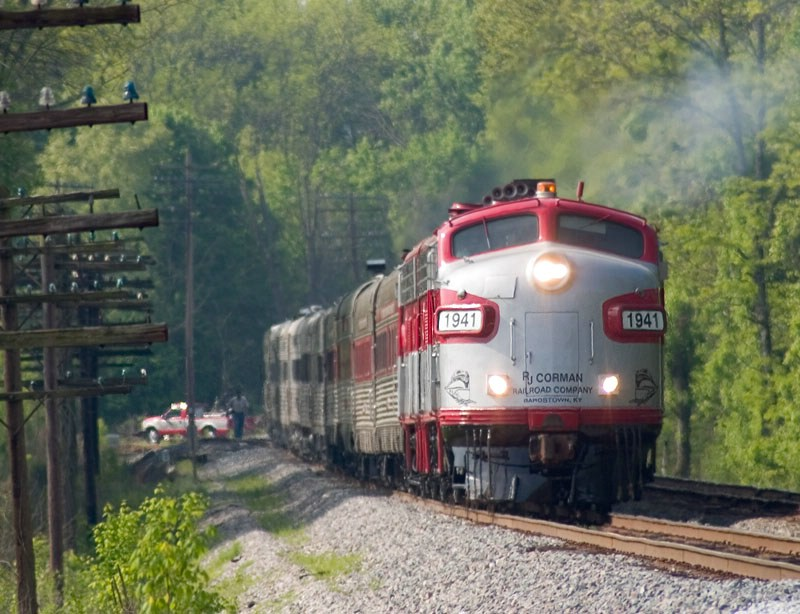 RJC 1941 leads the annual Derby Train north toward Louisville. CSX's Main Line Sub. MP 22.